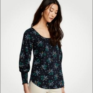 ANN TAYLOR FLORAL PRINT SMOCKED CUFF BLOUSE TOP